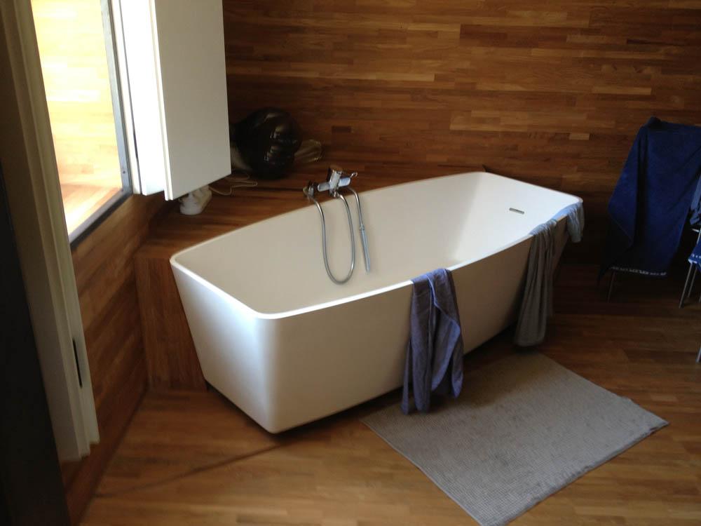 Sanitair Van Hout : Badkamer van hout hout bouw helden